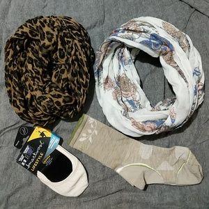 Infinity scarfs and Smartwool socks